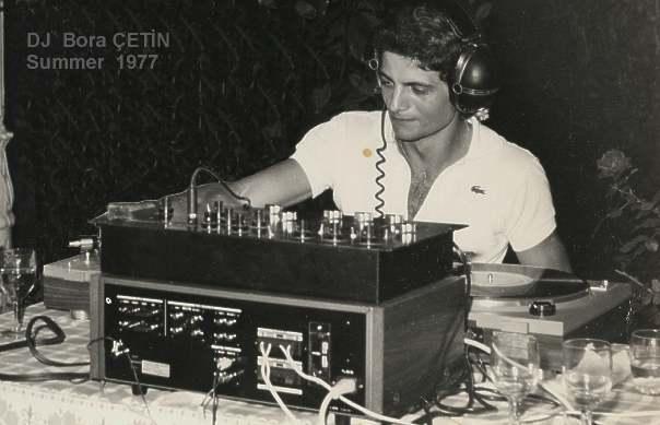 Go to Bora Çetin'in 1977 yılındaki Diskjokey anıları Page